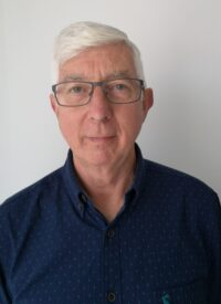 Photograph of Tim Leslie